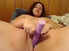 Young And Charming Chunky Girl Plays With Her Pussy Online