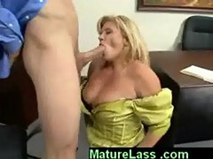 Sexy blonde ginger lynn enjoying young cock