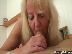 Old blonde is picked up for a good fucking