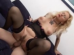 Blonde Mother - Italian