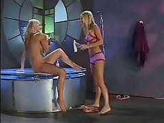 Sexy blonde teens shower session!