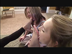 Three some feet delight