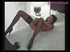 Amateur super hot brunette masturbating(5).m