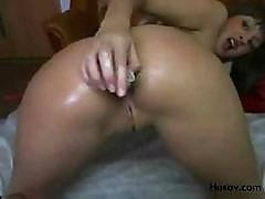 Russian Courtesan Natasha Is Doing Her Regular Solo Pussy Workout